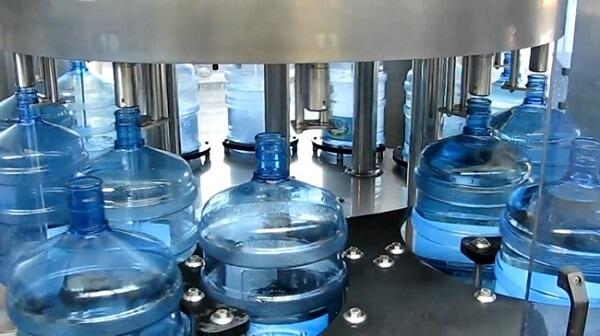 Chuẩn bị gì khi muốn kinh doanh dây chuyền lọc nước đóng bình