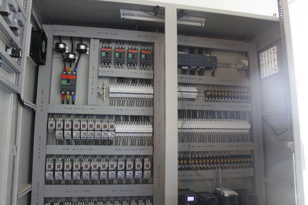 Tủ điện điều khiển hệ thống xử lý nước thải in ấn