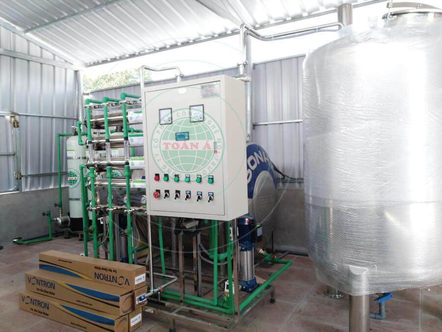 Hệ thống xử lý nước RO cho sản xuất dược phẩm