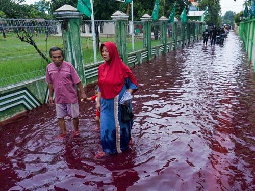 Nước thải dệt nhuộm ở thành phố Pekalongan, Indonesia