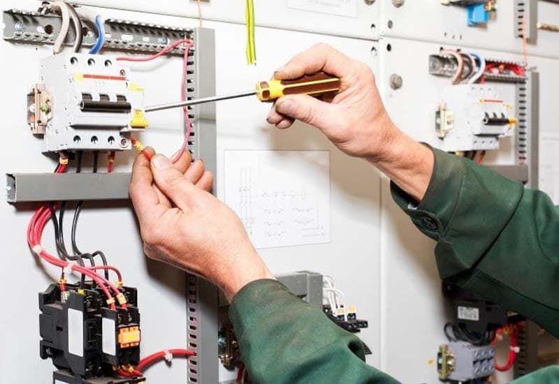 kiểm tra bảng điện hệ thống
